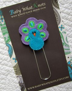 [BOUGHT] Extra LARGE Paperclip Bookmark Peacock Bookmark by BabyWhatKnots