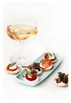 1000 images about champagne canapes on pinterest for Canape insurance
