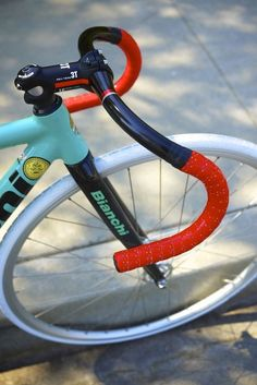 "madaboutbike:""colors! Bianchi"""