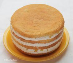 Tort cu ananas Vanilla Cake, Desserts, Tailgate Desserts, Deserts, Postres, Dessert, Plated Desserts