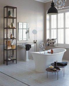 Bathroom walls painted with Plascon Kitchens & Bathrooms - Daphne's Dream –Y1-E2-3, Image Source Plascon Spaces Magazine
