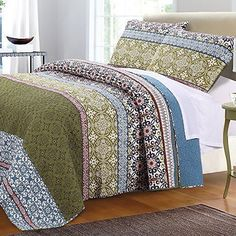 Greenland Home Fashions Shangri-La Quilt Set Size: Full/Queen Quilt Set Colorful Bedding, Green Bedding, Boho Bedding, Luxury Bedding, Hippie Bedding, Modern Bedding, Vintage Bedding, Coverlet Bedding, Floral Bedding