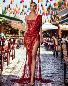 Elegant Dresses Classy, Classy Dress, Pretty Dresses, Sexy Dresses, Fashion Dresses, Award Show Dresses, Gala Dresses, Estilo Fashion, Beautiful Gowns