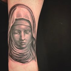 Virgin Mary tattoo on a biceps. Love love love doing religious portraits. #virginmary #tattoo #portraittattoo