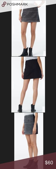 "ARMANI EXCHANGE WOMENS TWEED - FRONT MINI SKIRT. ARMANI EXCHANGE WOMENS TWEED - FRONT MINI SKIRT.                                                                                     Size : 0 Approx Length 15""  Size : 2 Approx Length 15 1/2"" Size : 4 Approx Length 16"" Size : 8 Approx Length 16"" A/X Armani Exchange Skirts Mini"