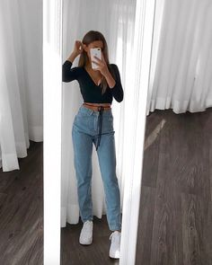 Watch and command live girls for free on FreeBestCams . Adrette Outfits, Indie Outfits, Fall Fashion Outfits, Retro Outfits, Look Fashion, Summer Outfits, Womens Jeans Outfits, Edgy School Outfits, Edgy Fall Outfits