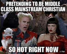 Zoolander: it's so hot right now. Or at least it will be by the time Zoolander 2 catwalks into theaters on Feb. The movie looks like it's going to be awesome, and should fill a need that Zoolander fans didn't know they've been missing for the… Star Citizen, Christmas Carol, Christmas Sweaters, Funny Images, Best Funny Pictures, But Football, Football Humor, Teatro Musical, War Craft