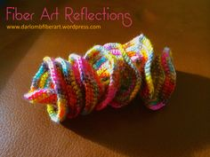 Hyperbolic Crochet Tutorial: The Expanding Spiral All of the photos below are of the same hyperbolic crochet piece. What I love about this particular form is that it can be twisted, folded, and s… Crochet Ruffle, Irish Crochet, Crochet Flowers, Free Crochet, Knit Crochet, Spiral Crochet, Freeform Crochet, Corset Pattern, Crochet Basics