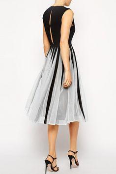 Gorgeous Cutout Color Block Skater Dress - OASAP.com