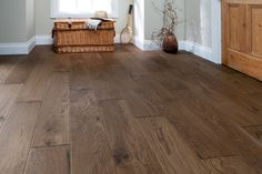Home Choice Engineered European Rustic Oak Flooring x Cocoa Oiled Wood Flooring Uk, Engineered Oak Flooring, Real Wood Floors, Wide Plank Flooring, Best Flooring, Vinyl Flooring, Hardwood Floors, Flooring Ideas, Cocoa Oil