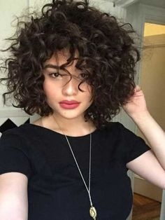 Thick Curly Hair, Curly Hair Cuts, Short Hair Cuts, Curly Hair Styles, Curly Short, Curly Wigs, Wavy Hair, Short Perm, Curly Afro