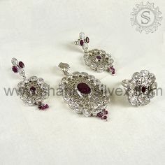 Indian Jewelry Online a, we are manufacturer and exporter of  sterling silver jewelry from Jaipur, India . Our commitment is to bring you the finest collection of silver jewelry at the lowest possible prices . More information please visit this site : http://shankarsilvex.com