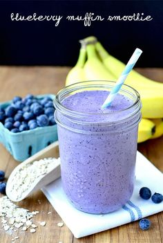 Skip the muffin and drink a healthy Blueberry Muffin Smoothie that tastes like one instead!  | iowagirleats.com