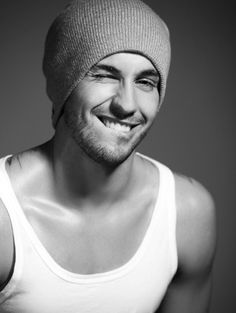 Hot guys in beanies Hot Guys, Hot Men, Sexy Men, Sexy Guys, Ryan Guzman, Male Clothes, Guys In Beanies, Pretty People, Beautiful People