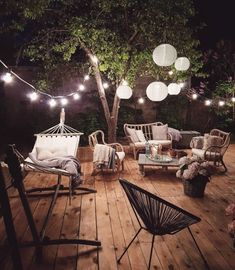 01 Cozy Backyard Patio Deck Design Ideas – Decoradeas - Back yard Cozy Backyard, Backyard Seating, Backyard Landscaping, Outdoor Seating, Outdoor Spaces, Garden Seating, Pergola Patio, Modern Pergola, Metal Pergola