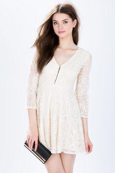 Кружевное платье Размеры: S, M, L Цвет: слоновая кость, черный Цена: 2441 руб.  #одежда #женщинам #платья #коопт