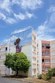 Three street-artists invested the Reunion Island facades by painting poetic creations. During a street-art festival, Gorg One, Seth Globepainter, and Meo gather 3d Street Art, Murals Street Art, Urban Street Art, Amazing Street Art, Street Art Graffiti, Mural Art, Street Artists, Amazing Art, Graffiti Artists