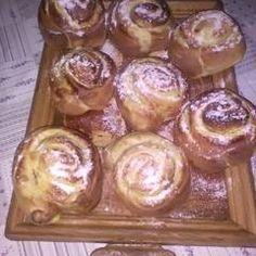 Vanília pudingos csiga   Leléné Marcsi receptje- Cookpad receptek Candle Holders, Muffin, Candles, Breakfast, Recipes, Food, Morning Coffee, Recipies, Essen