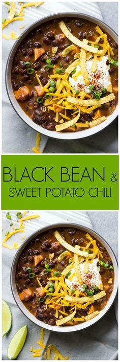 Black Bean and Sweet Potato Chili - the best vegetarian chili! | littlebroken.com @littlebroken