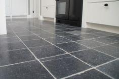 Vietnamese Hardsteen vloertegels SF € p/m² - Totaaltegel Natural Stone Flooring, Natural Stones, Tile Floor, New Homes, It Is Finished, Home Decor, Google, Tile Flooring, New Home Essentials