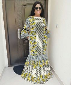 Ultra-Chic Ankara Styles For Special Events African Fashion Ankara, Latest African Fashion Dresses, African Print Fashion, Africa Fashion, Short African Dresses, African Blouses, African Print Dresses, African Prints, African Fabric