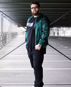 45 Tested Fashion Outfits for Heavy Men - Machovibes Big Men Fashion, 40s Fashion, Male Fashion, Fashion Outfits, Outfits For Big Men, 40s Style, Plus Size, Concept, Costumes