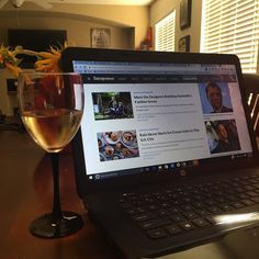 Does anyone else become more productive in the evenings? This happens to me towards the end of the week... Trying to knock things out tonight in order to enjoy some Friday travel! | #contentresearch #winethirty #smm #productivity #cmgr