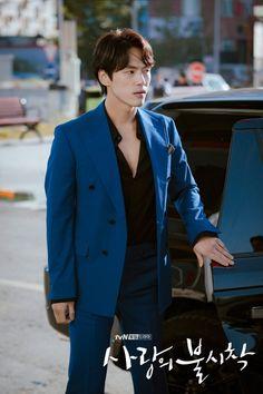 Crash Landing on You (사랑의 불시착) - Drama - Picture Gallery Kim Joong Hyun, Jung Hyun, Kim Jung, Korean Star, Korean Men, Drama Korea, Korean Drama, Asian Actors, Korean Actors