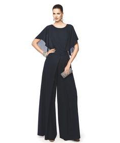 Combinado de fiesta negro con escote redondo y pantalón largo Modelo Nisela - Pronovias 2015