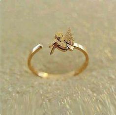 Pretty gold ring!!