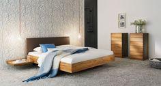 riletto Bett von TEAM 7 aus edler Kernbuche oder anderen Naturhölzern erhältlich.