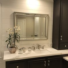 Shower curtains provide your bathroom a fresh look. The use of colors animates your shower curtains and the whole feel and look of your bathroom changes completely. Beaded Mirror, Silver Wall Mirror, Silver Bathroom, Bathroom Renos, Master Bathroom, Bathroom Colors, Bathroom Inspo, Bathroom Ideas, Mdf Frame