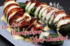 Die überbackene Ofen-Zucchini Low-Carb ist mit nur 3 Zutaten blitzschnell zubereitet und gebacken. Dich erwartet ein echtes Geschmackshighlight.