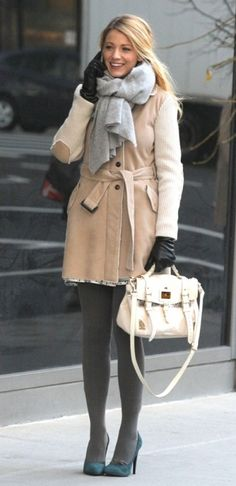 Blake Lively wearing Mulberry Spring 2012 Handbags and Fay Trench Coat.