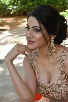 Nikki Tamboli hot stills at Thippara Meesam movie press meet South Indian Actress 24 MOST BEAUTIFUL FACES IN THE WORLD - CARA DELEVIGNE PHOTO GALLERY  | CDN2.STYLECRAZE.COM  #EDUCRATSWEB 2020-07-16 cdn2.stylecraze.com https://cdn2.stylecraze.com/wp-content/uploads/2013/07/2.-Cara-Delevigne.jpg.webp