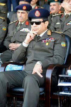 Gen fattah el Sisi The Minister of defence :) President Of Egypt, Egypt Flag, Black Indians, Egypt Art, Boudoir Photos, World History, Cairo, Armed Forces, Presidents