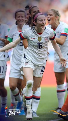 Solo Soccer, Girls Soccer Team, Female Football Player, Football Girls, Soccer Tips, Nike Soccer, Soccer Cleats, Football Players, Barcelona Sports