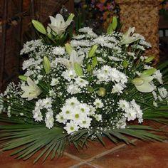 Art Floral, Floral Design, Altar Flowers, My Flower, Funeral, Floral Arrangements, Design Inspiration, Flower Arrangements, Fields