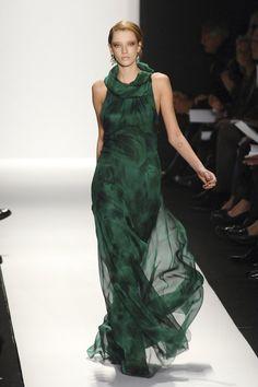 #Badgley Mischka  green dresses #2dayslook #green style #greenfashion  www.2dayslook.com