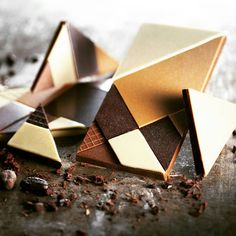 A collection of chocolate snacks and tablets 🍫 #chocolate #eatclean #eatgood #chocolatelover #martindiez #globalchocolatier #mdchocolat #signaturecreation #chef #cheflife #artfood #inspiration #instashare #instafood