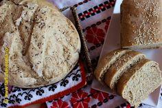 Paine de casa cu faina integrala Breads, Cooking, Book, Salads, Bread Rolls, Kitchen, Bread, Braided Pigtails, Book Illustrations
