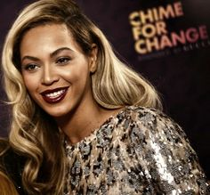 Beyonce's deep-parted golden locks