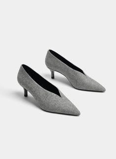 Grey mid-heel shoes - View all - Footwear - Uterqüe Spain - Canary Islands