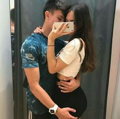 'Lemme grab that hot ass of yours'😏 Boyfriend Goals Relationships, Boyfriend Goals Teenagers, Relationship Goals Pictures, Couple Relationship, Future Boyfriend, Cute Couples Goals, Couple Goals, Tumblr Couples, Teen Couples