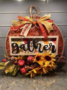 Dollar Tree Pumpkins, Dollar Tree Crafts, Fall Crafts, Diy Crafts, Autumn Ideas, Wreath Making, Fall Diy, Fall Decorations, Fall Wreaths