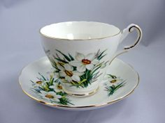 Regency Bone China Daffodil Teacup & Saucer White Flower England