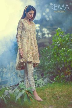 Latest Designs Pakistani Fashion Short Frocks With Capris 2019 Pakistani Couture, Pakistani Bridal, Pakistani Outfits, Indian Outfits, Pakistani Clothing, Lehenga Choli, Anarkali, Sharara, Short Frocks