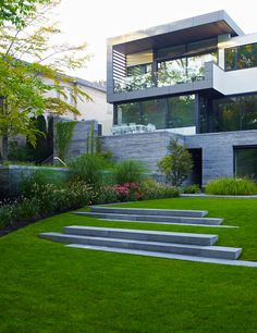 Awarded Contemporary Home With Beautiful Garden in Toronto, Canada - http://freshome.com/2013/04/23/awarded-contemporary-home-with-beautiful-garden-in-toronto-canada/