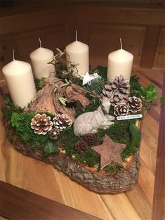 New Collection Of Easy Christmas Decorations Merry Christmas; Home Decor Christmas Advent Wreath, Christmas Candle Decorations, Easy Christmas Crafts, Christmas Candles, Christmas Wood, Simple Christmas, Holiday Decor, Christmas Christmas, Table Decorations