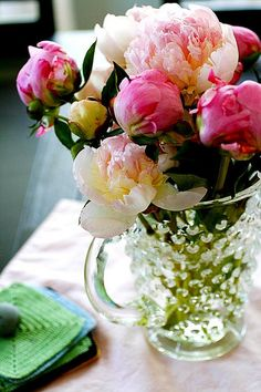 Beautiful Peonies- I want these always in my home! So prettyy